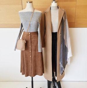 Aritzia Skirts - Aritzia Gaudin skirt